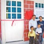 Edifican casas para reintegrar familias.