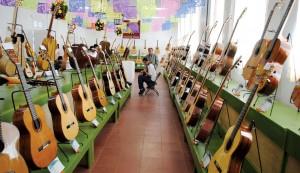 Paracho Guitarras Noviembre 2013