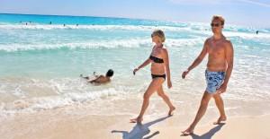 Caminando en la playa_Mayo2014