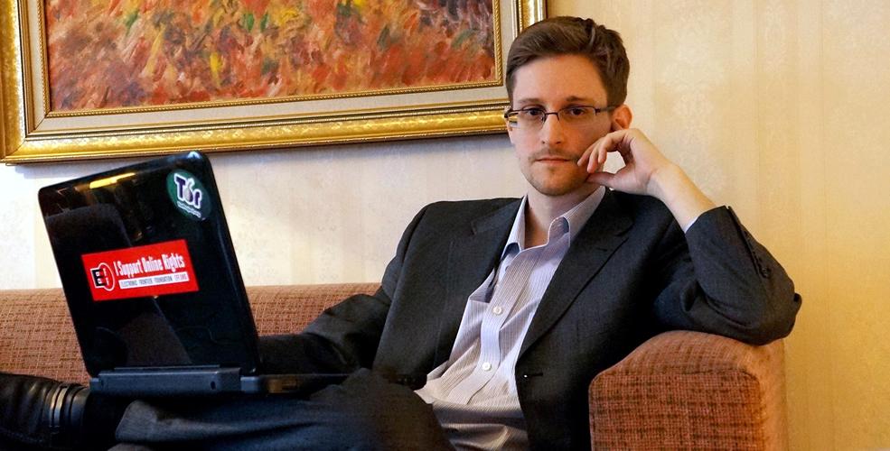 Snowden, Residencia, Edward