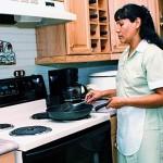 Patrones deberán brindar IMSS a trabajadores del hogar