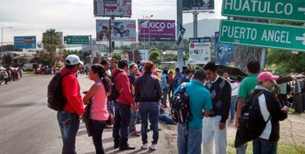 CNTE, Aeropuerto, Oaxaca