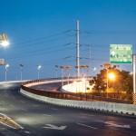 Calles bien iluminadas con lámparas limpias