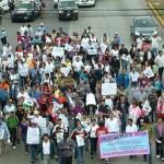 Estudiantes cercan Alcaldía de Ecatepec para exigir seguridad