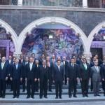 Presidencia y gobernadores firman compromiso de unidad