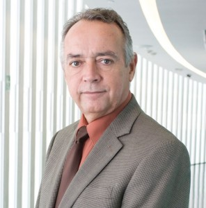 Ernesto Saro