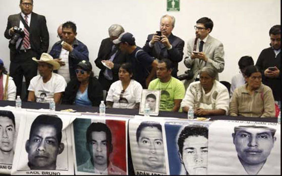 Padres_Normalistas_Senado_Ayotzinapa_Alcaldes_De_Mexico