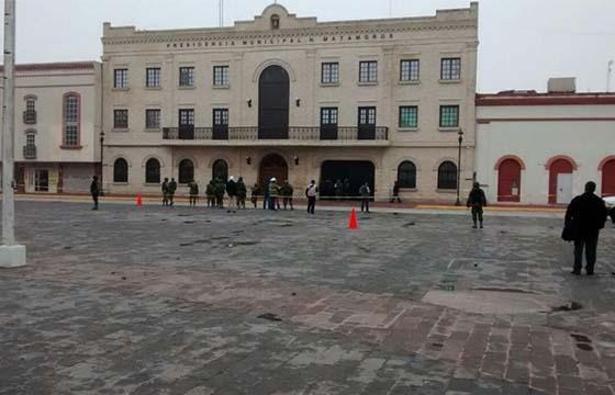 Lanzan_grandada_Matamoros_Alcaldes_de_Mexico