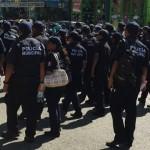 Policías de Acapulco 'toman' oficinas municipales