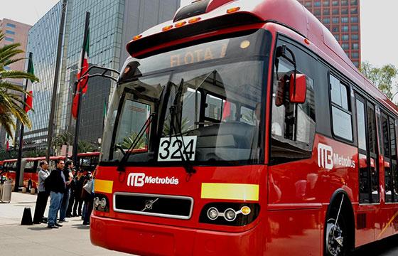 Invierte_Iniciativa_Extranjera_En_Metrobus_Alcaldes_de_Mexico_Marzo_2015
