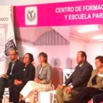 Inaugura GDF Centro de Formación Docente y Escuela para Padres