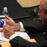 Romero Deschamps sólo ha presentado dos iniciativas en 35 años