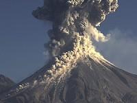 Nueve municipios y 65 localidades en riesgo por Volcán de Fuego de Colima