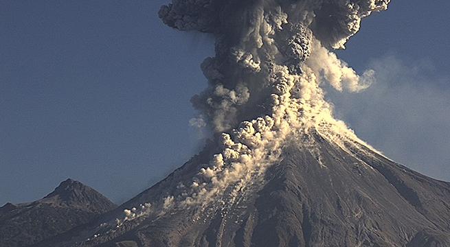 Volcan_Colima_Municipios_Riesgo_Alcaldes_de_Mexico_Julio_2015