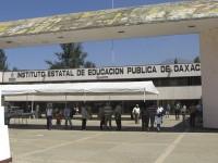 """Descubren a 50 alcaldes de Oaxaca como """"aviadores"""" en el IEEPO"""