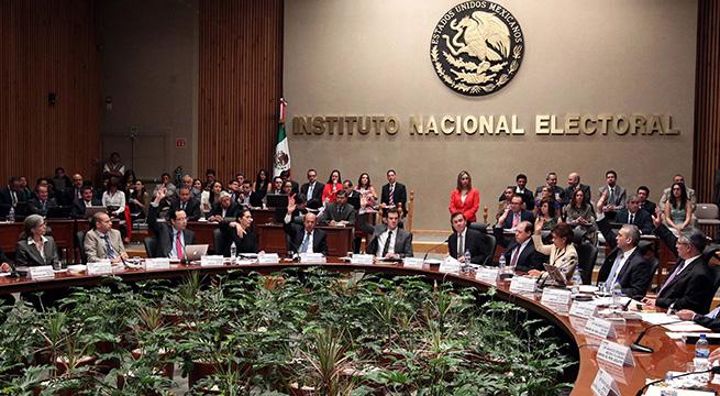 INE_propone_reducir_presupuesto_Alcaldes_de_Mexico_Agosto_2015