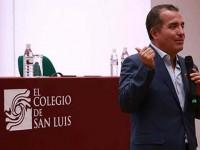 Falta de aplicación de la ley, el déficit de la democracia: Carlos Ugalde