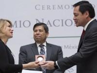 Entregan Premio Nacional de Demografía 2014 a El Colef