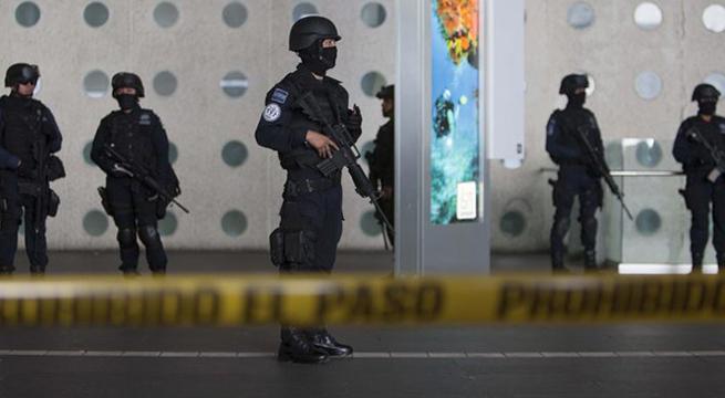 Investigan_red_trafico_droga_en_AICM_Alcaldes_de_Mexico_Diciembre_2015