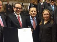 Acreditan a Ignacio Peralta como gobernador electo de Colima