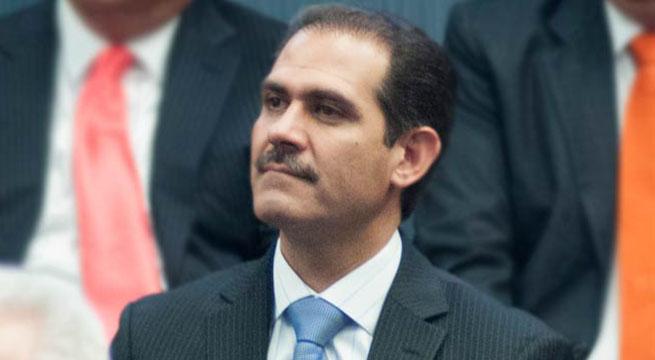 Guillermo_Padres_acumula_700_investigaciones_Alcaldes_de_Mexico_Febrero_2016