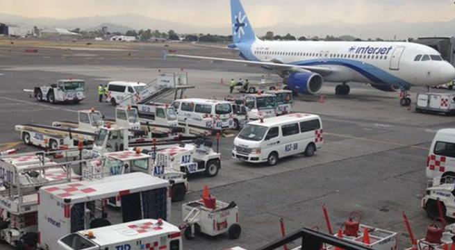 Transporte_especial_AICM_visita_Papa_Alcaldes_de_Mexico_Febrero_2016