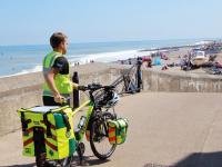 Atención médica eficaz, en bici