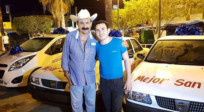 Alcalde_San_Blas_regala_autos_Alcaldes_de_Mexico_Marzo_2016