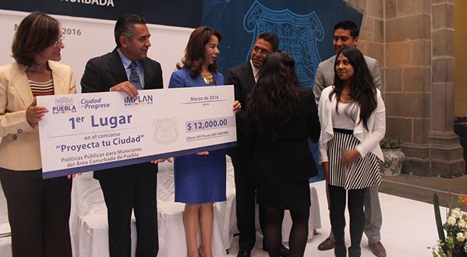Celebran_en_Puebla_concurso_Proyecta_tu_Ciudad_Alcaldes_de_Mexico_premiacion