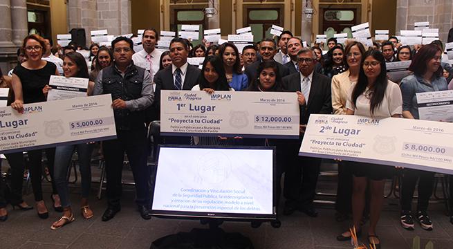 Celebran_en_Puebla_concurso_Proyecta_tu_Ciudad_Alcaldes_de_Mexico_premiacion_3