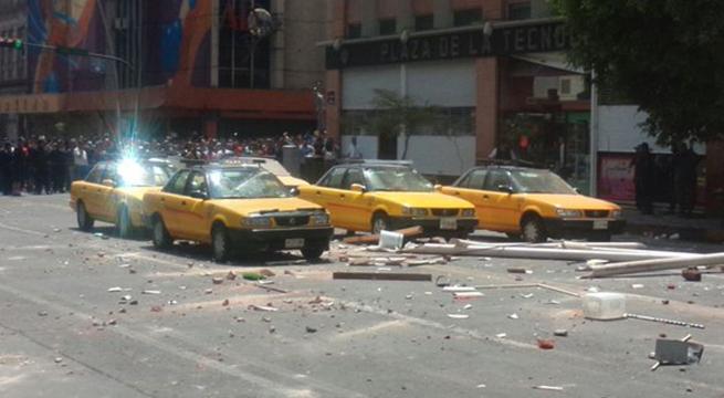 Taxistas_protestan_Guadalajara_Uber_Alcaldes_de_Mexico_Marzo_2016