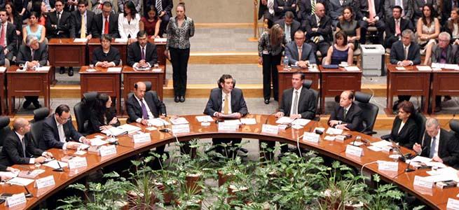 INE_aprueba_bono_a_personal_Alcaldes_de_Mexico_Abril_2016