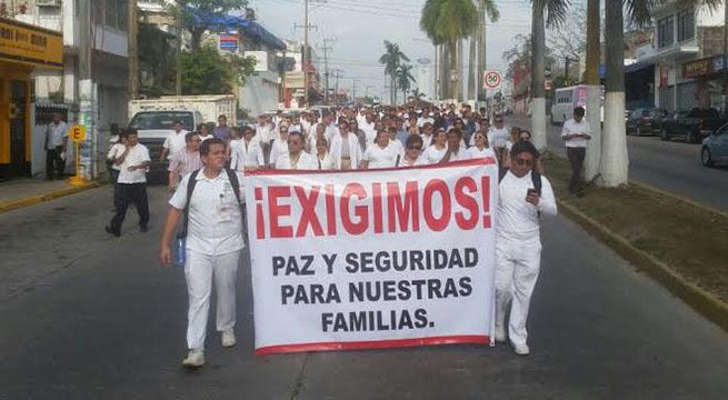 Ingresan_policias_estatales_Minatitlan_Veracruz_Alcaldes_de_Mexico_Abril_2016