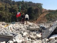 Policía estatal desaloja a pobladores de Xochicuautla por proyecto de Grupo Higa