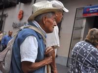Incremento de esperanza de vida obliga a revisar sistema de pensiones: Diputado