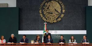 Peña_Nieto_propone_reforma_legalizar_matrimonio_gay_Alcaldes_de_Mexico_Mayo_2016