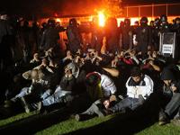 "Policía mexicana con un ""repugnante hábito de golpear detenidos"": The Economist"