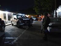 """Policías municipales de Veracruz matan a madre e hijo """"por error"""""""