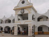 Alcalde de Veracruz tiene en la nómina del ayuntamiento a 28 familiares