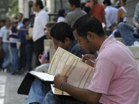 Desempleo en México seguirá a la baja, pero salario sigue siendo deficiente: OCDE
