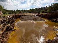 Mineras gastan al año el agua equivalente a la que consumen cuatro estados