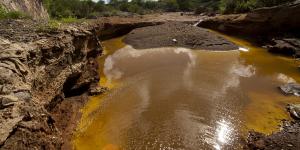 Minerias_gastan_agua_equivalente_al_consumo_de_4_estados_Alcaldes_de_Mexico_Julio_2016