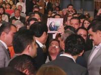 Rescatan de secuestro a hija de mujer que suplicó ayuda de rodillas a Osorio Chong