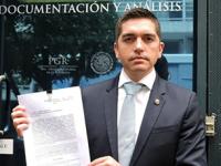 Senadores del PAN denuncian a Humberto Moreira ante la PGR