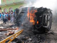 Pobladores incendian camioneta de alcaldesa de Apango, Guerrero