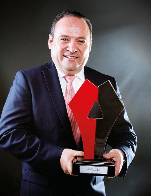 Alberto Uribe Camacho.