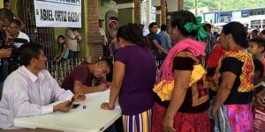 Mujeres_votan_primera_vez_Oaxaca_Alcaldes_de_Mexico_Septiembre_2016