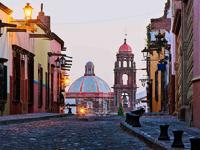 """Ayuntamiento de San Miguel de Allende declara a Donald Trump """"persona non grata"""""""