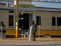 Golpean a alcalde de Buenavista e intentan tomar presidencia municipal