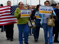 Carrier desiste de traer puestos de trabajo a México por acuerdo con Trump